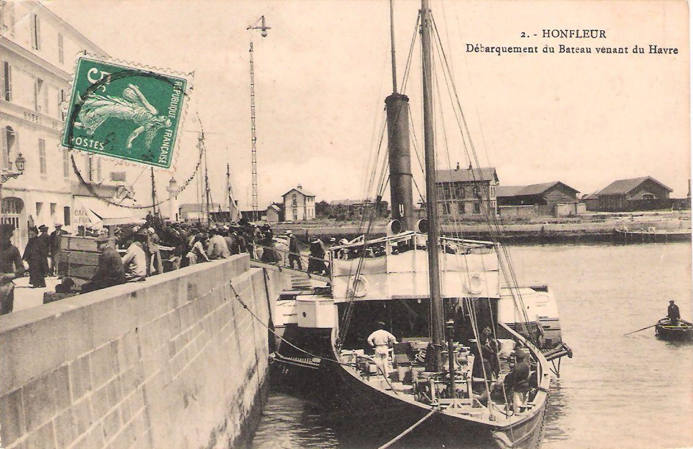 L'embarcadère à Honfleur
