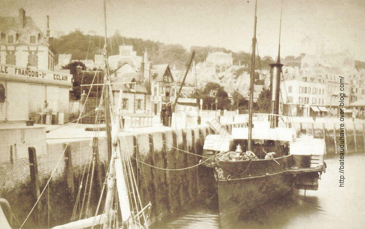 L'Eclair à Trouville (source: http://simplonpc.co.uk/)