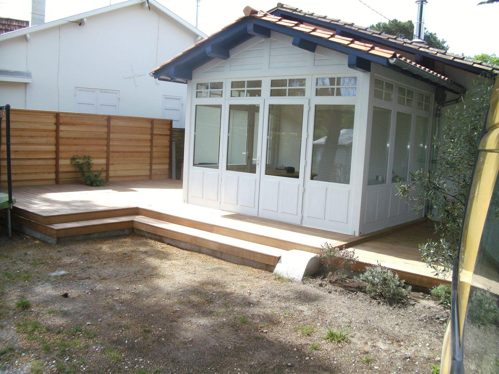 le bois sous toutes ses formes sur l vation bois extension bois construction bois isolation. Black Bedroom Furniture Sets. Home Design Ideas