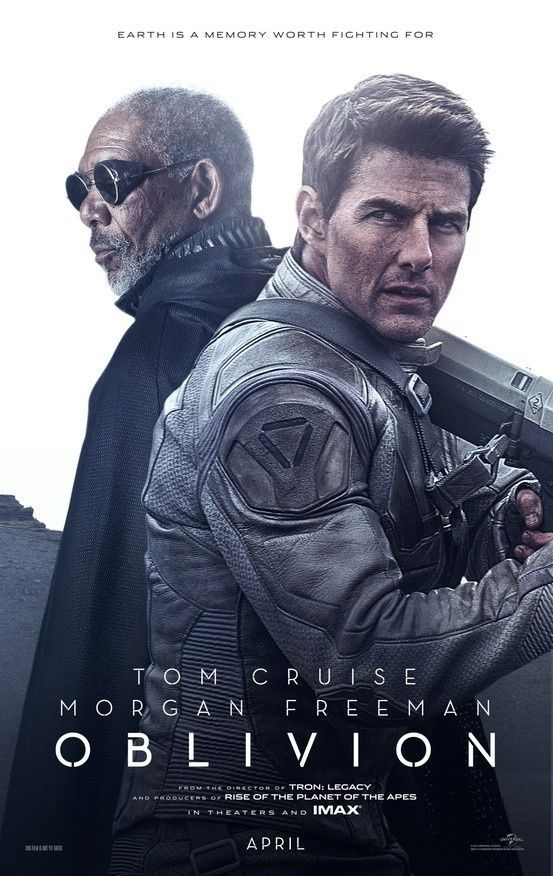 OBLIVION: OGGI AL CINEMA CON TOM CRUISE E MORGAN FREEMAN