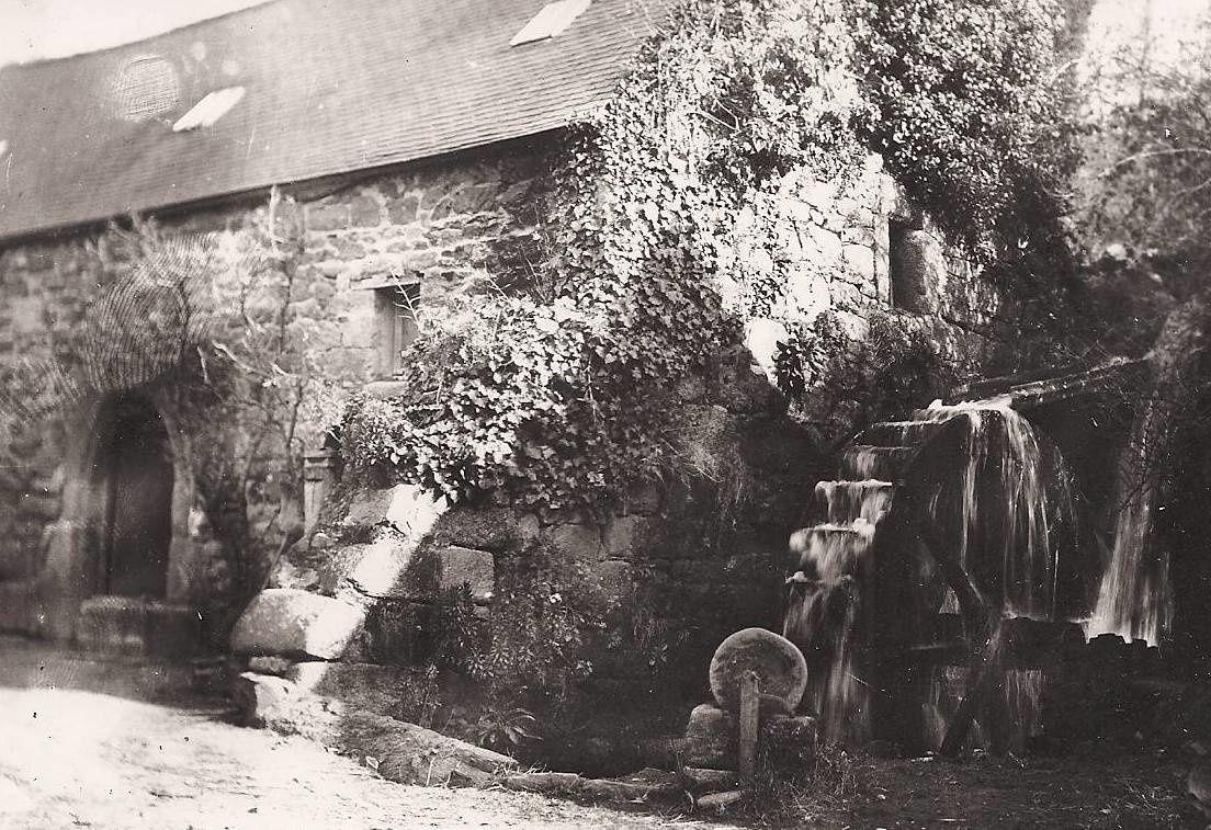 PHOTOGRAPHIES ANCIENNES DE TREVOU