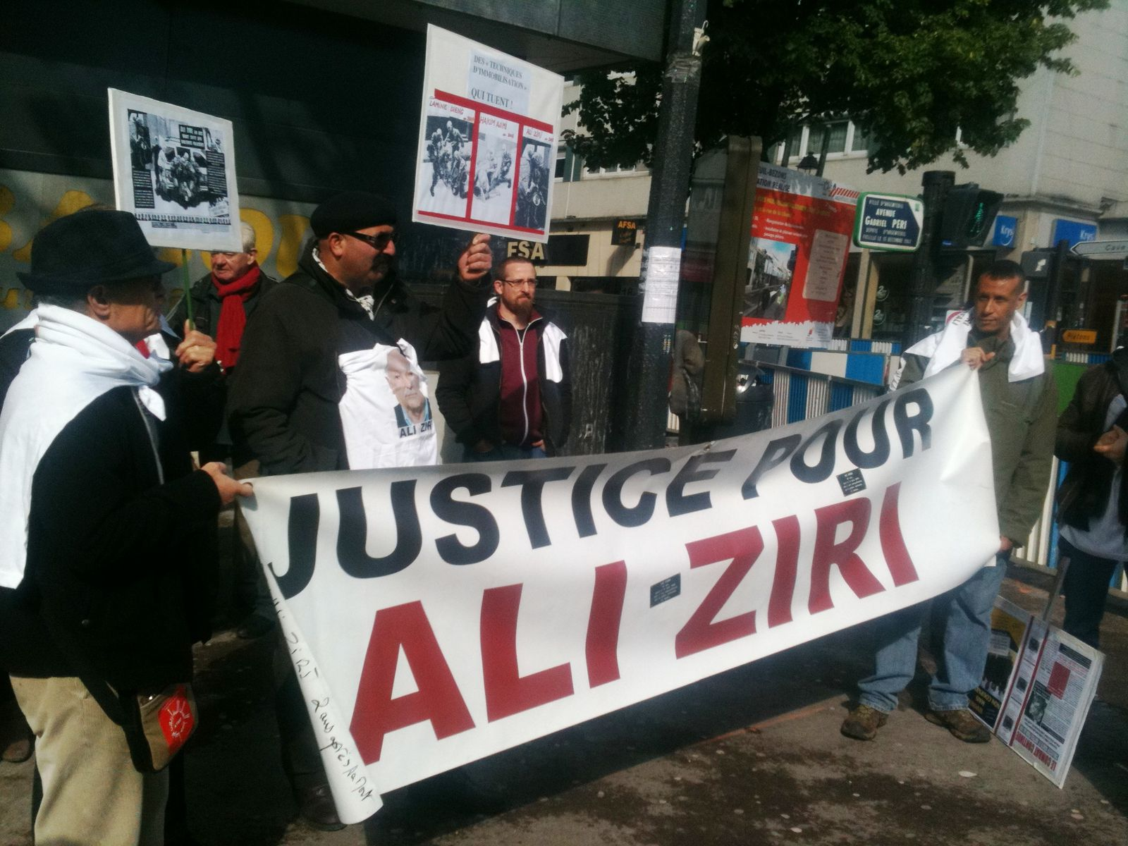 Le collectif Ali Ziri tenu à l'écart lors de la visite de Valls à Argenteuil