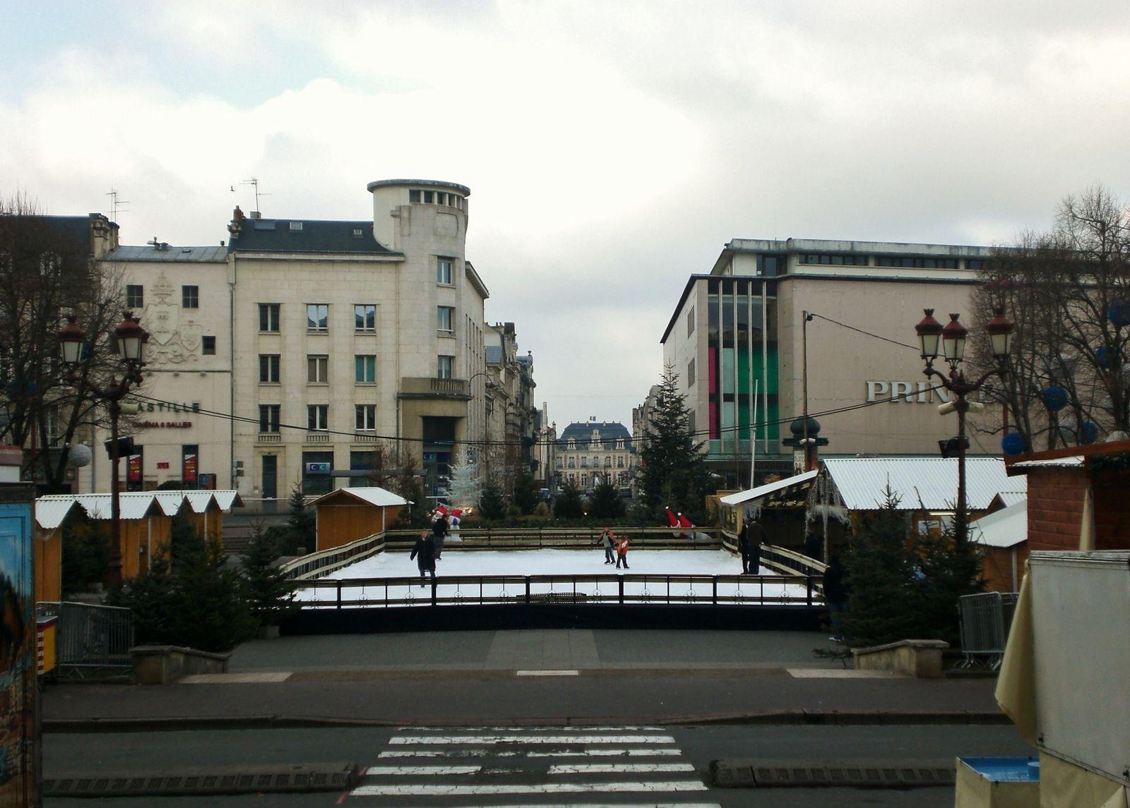 Noêl Poitiers Place Leclerc
