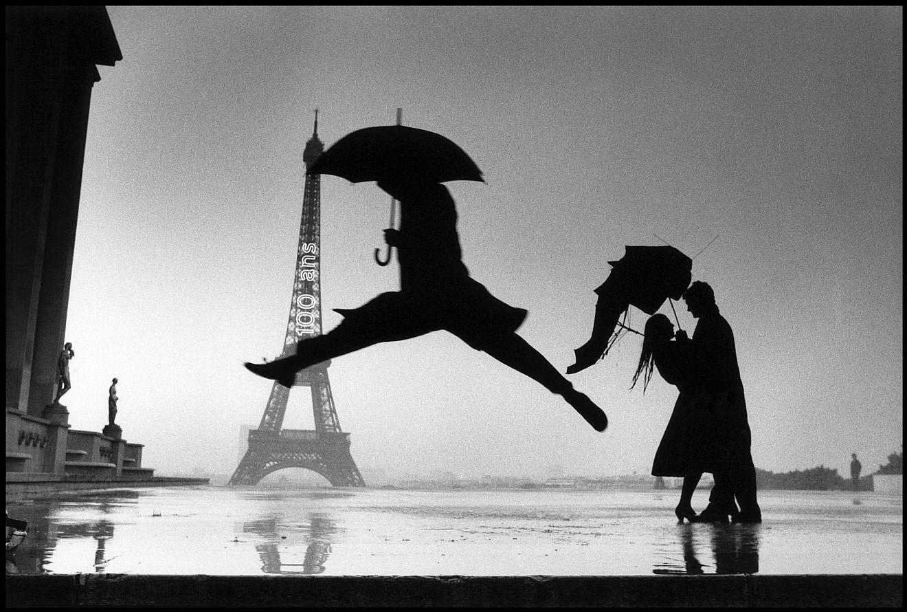 Henri Cartier-Bresson France Paris 1989 Anniversaire de la Tour Eiffel