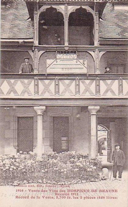 Hôtel Dieu de Beaune - Jardin, clinique et procession.