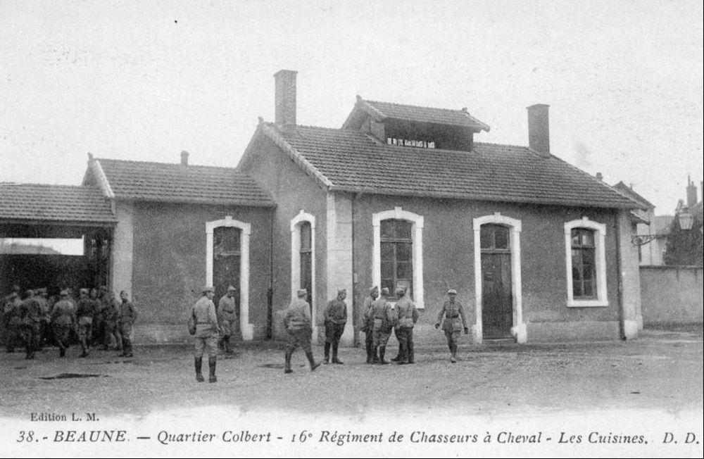 Caserne du 16e Chasseurs à cheval - Quartier Colbert - Beaune.
