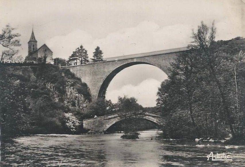 Pierre-Perthuis - Les deux ponts - Pierre-Perthuis.