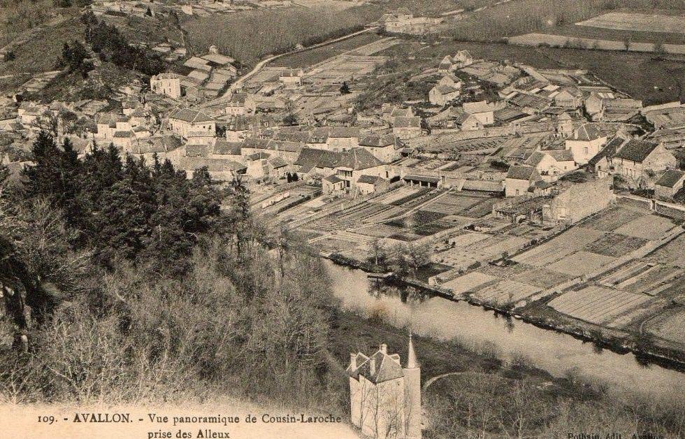 Avallon - Faubourg de Cousin-la-Roche, vue panoramique, les terraux, la place, le pont - Avallon.