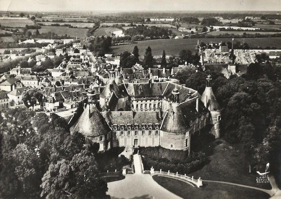 Saint-Fargeau - Vue générale - Saint-Fargeau.