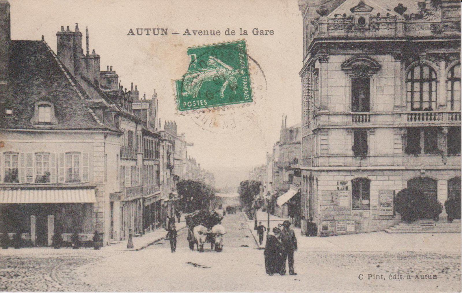 Avenue Charles de Gaulle - 71400 Autun.