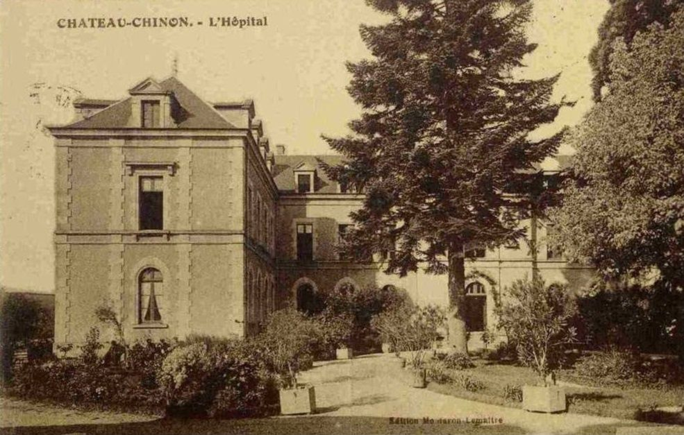 Château Chinon - la Caisse d'Epargne, L'Hôpital - Château Chinon.