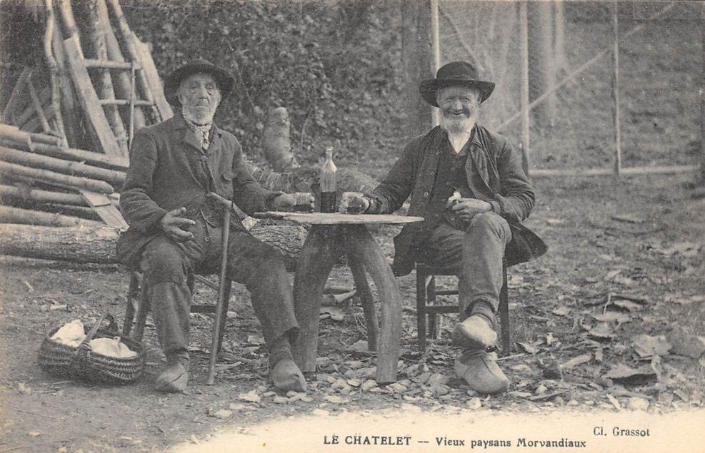 Le Châtelet - la cascade du Moulin des Morvans, passerelle sur l'Yonne, le flottage des bois, vieux paysans Morvandiaux - Le Châtelet.