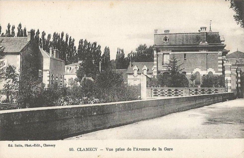 Clamecy - Avenue de la Gare - Clamecy.