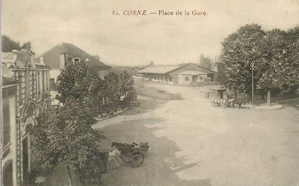 Cosne-sur-Loire - Place de la Gare - Cosne-sur-Loire