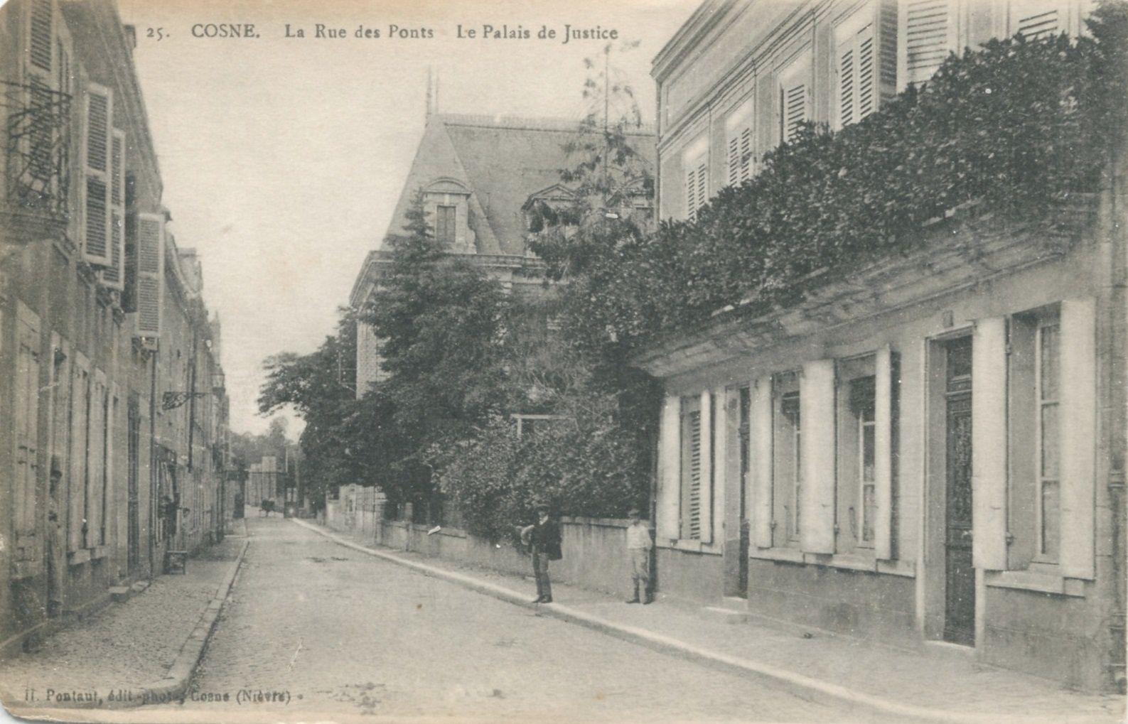 Cosne-sur-Loire - Rue des Ponts - Cosne-sur-Loire
