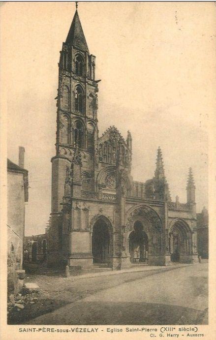 Saint-Père-sous-Vézelay - Vue générale, les écluses, le vieux colombier, le moulin, l'église Saint-Pierre - Saint-Père-sous-Vézelay.