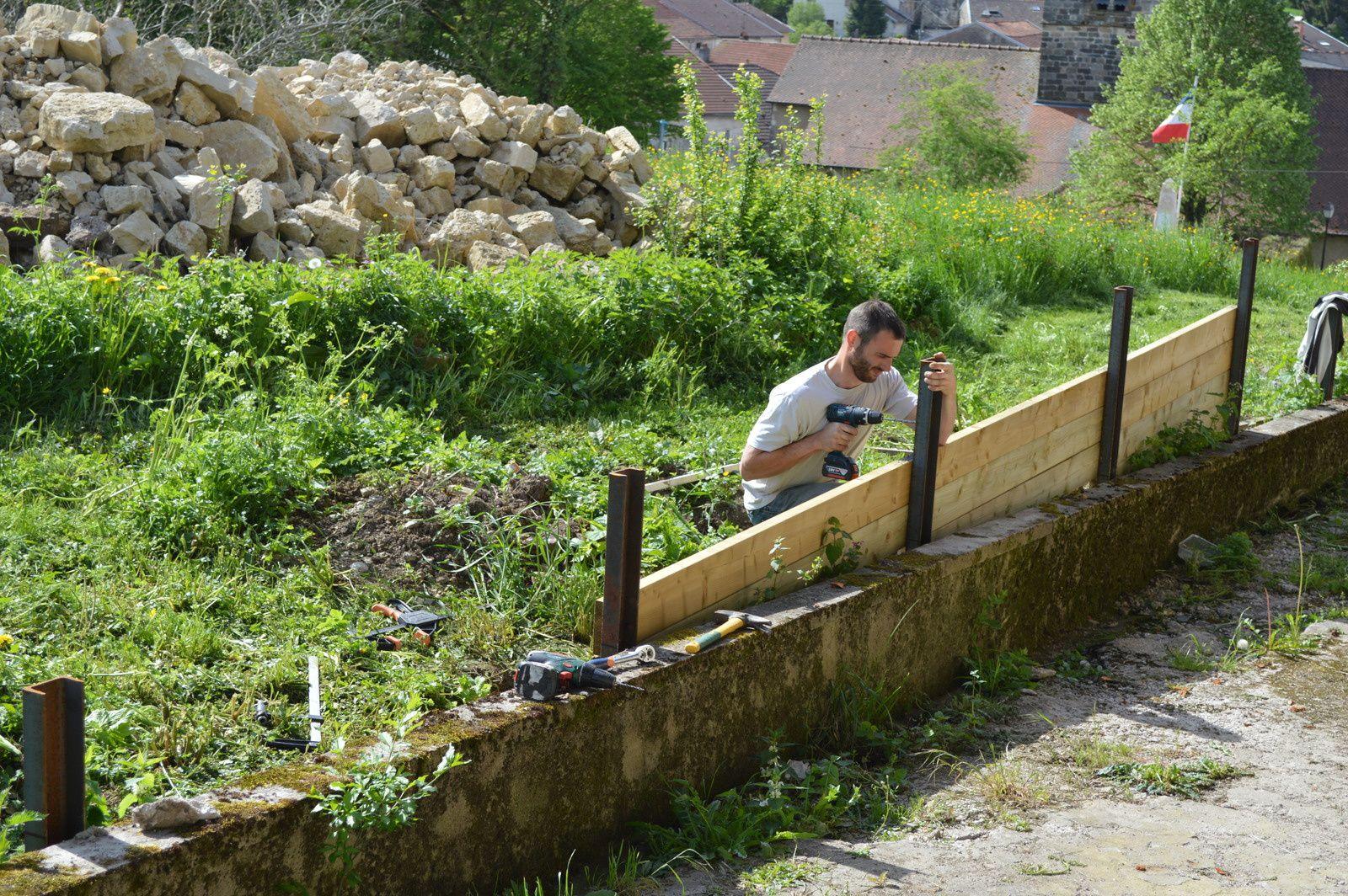 Amenagement mur exterieur id es de for Idee terrassement