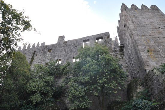 Vagando : Castelo de Guimarães, fora