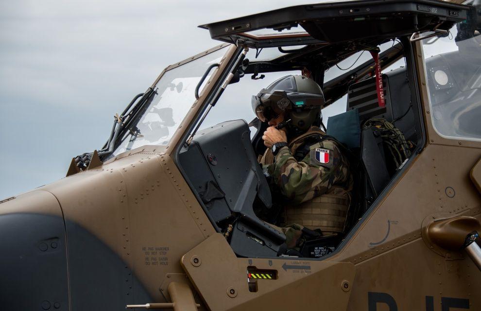 Sangaris : arrivée de l'hélicoptère TIGRE en Centrafrique