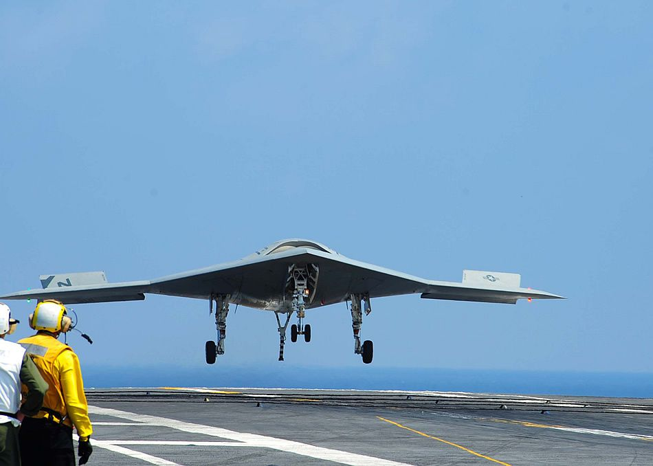 X-47B May Begin Automated Aerial Refueling Demonstrations Next Year