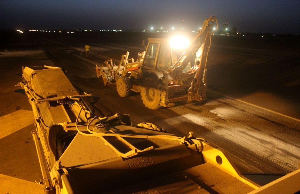 Barkhane : raccord du taxiway militaire et de la piste par le 25ème RGA sur le DETAIR de Niamey
