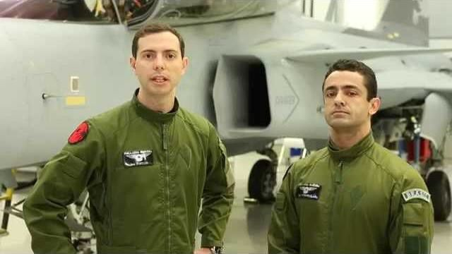 Interview with the first Brazilian Gripen instructors
