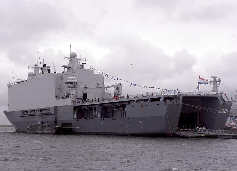 À défaut de BPC, des porte-hélicoptères «Made in Russia» sur le modèle des navires de classe Rotterdam
