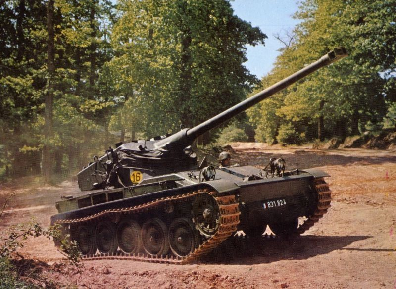 AMX 13 -  source chars-francais.net
