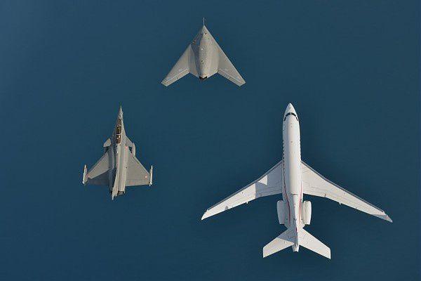 Vol en patrouille photo Dassault Aviation - K. Tokunaga