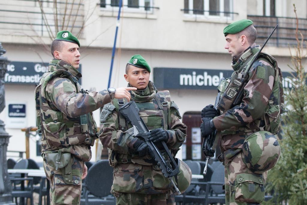 Opération Sentinelle à Marseille avec le 1er REC