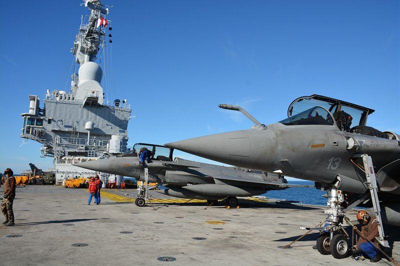 Sagem modernise le porte-avions Charles-de-Gaulle