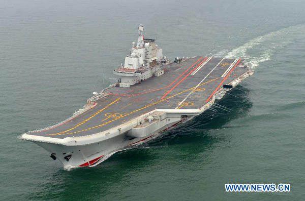 """Le porte-avions chinois """"Liaoning"""" pourrait bientôt avoir un frère jumeau"""