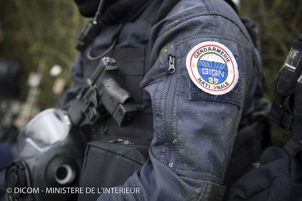Intervention du GIGN à Dammartin-en-Goele photo MI SG Dicom