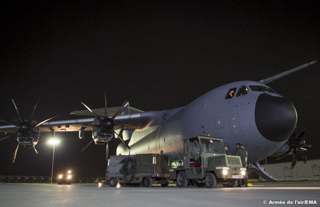 Vol sans escale de l'Atlas A400M aux Émirats arabes unis