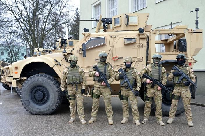 Polish Special Forces MRAP Vehicles Photo ppłk Artur Goławski