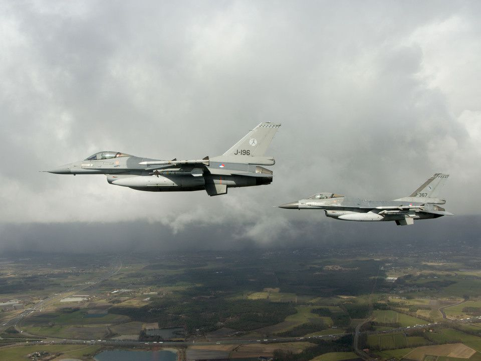 Air force to share guard duty with the Dutch