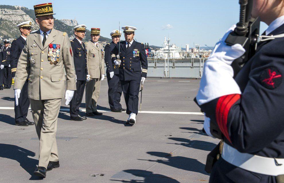 Les chefs d'état-major se réunissent à Toulon et saluent le déploiement Jeanne d'Arc