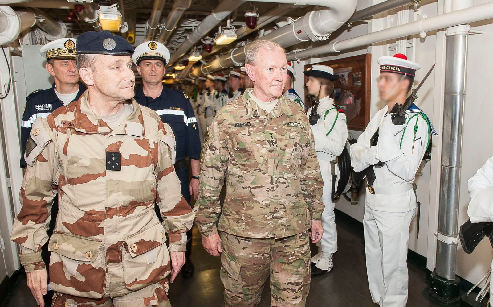 Gen. Martin Dempsey and Gen. Pierre de Villiers aboard the French aircraft carrier Charles de Gaulle, March 8, 2015 - photo French Navy