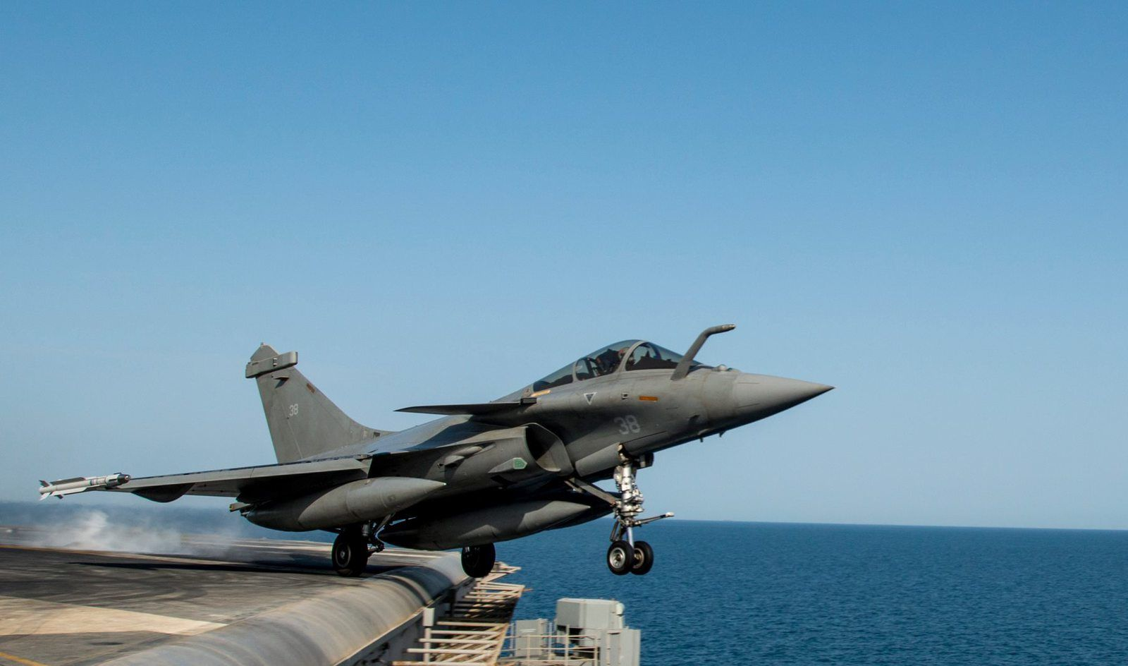 Rafale Leaves Carl Vinson