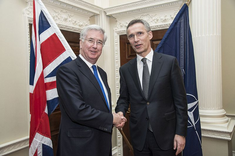 Secretary General Jens Stoltenberg meets with UK Defence Secretary Michael Fallon - photo NATO