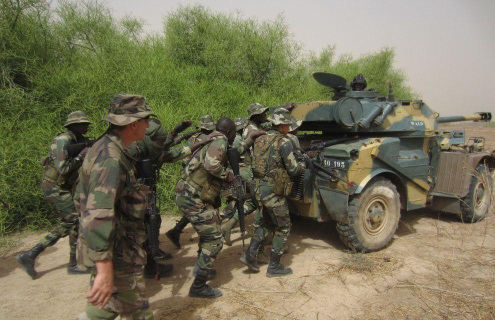 EFS : Formation au combat en zone urbaine des officiers élèves de l'EAI de Thiès