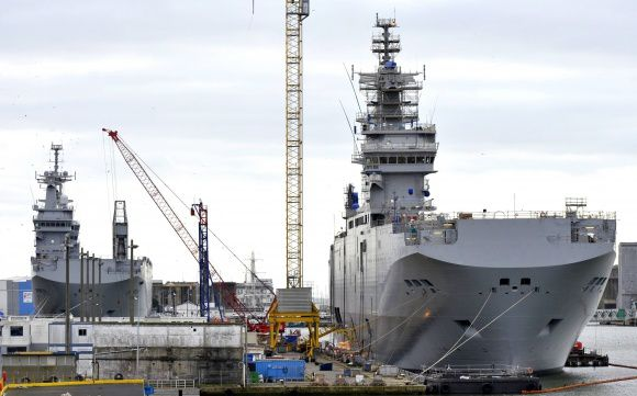Mistral, Delayed Submarine Projects May Cause Euro 300 Million loss to DCNS - photo F. Dubray