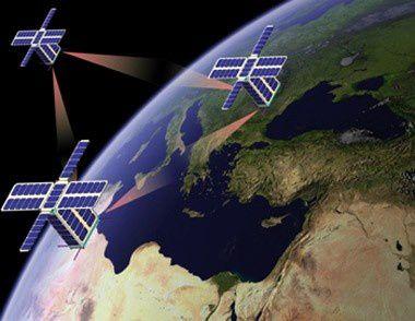 Défense: 3 microsatellites Samson ont été lancés à partir d'un avion