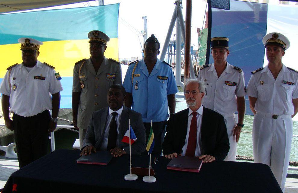 Corymbe : Convention franco-gabonaise à bord de l'aviso Commandant Bouan