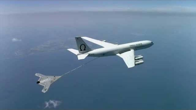 X-47B First to Complete Autonomous Aerial Refueling photo US Navy