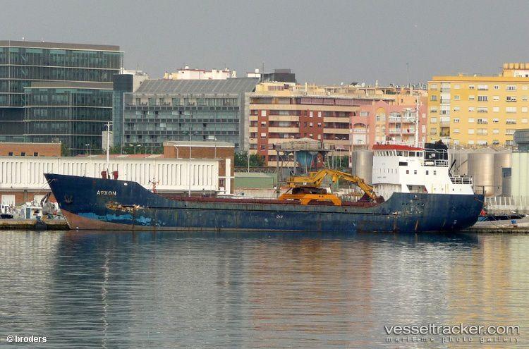 Grèce: un cargo chargé d'armes en route pour la Libye arraisonné au large de la Crète