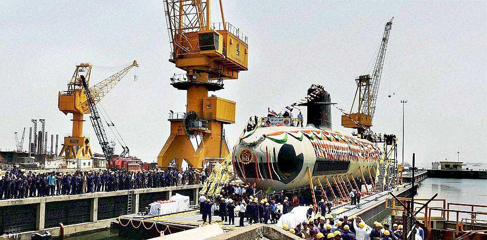 Bientôt le début des essais à la mer du premier des 6 sous-marins Scorpène de la marine indienne