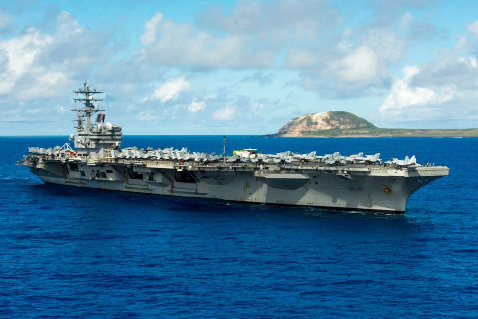 USS Ronald Reagan (CVN 76) - photo US avy