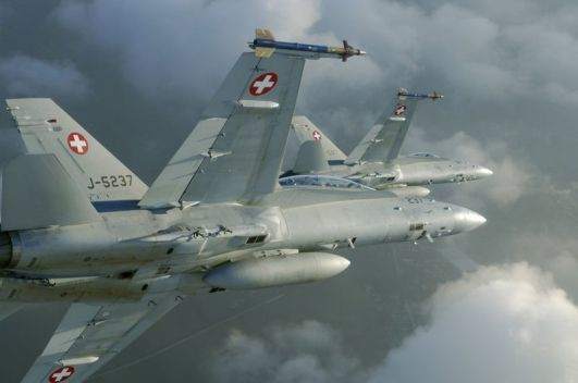 F/A 18 Hornet  Forces Aériennes Suisses - photo VBS