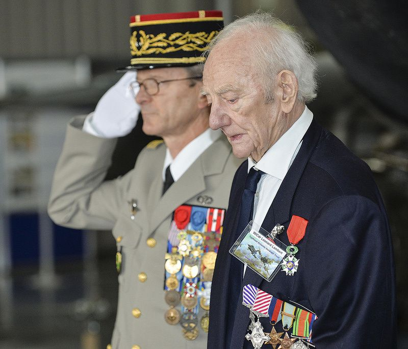Brig Gen Ducret, HQ ARRC, presents former WWII pilots with the Legion d'Honneur medal